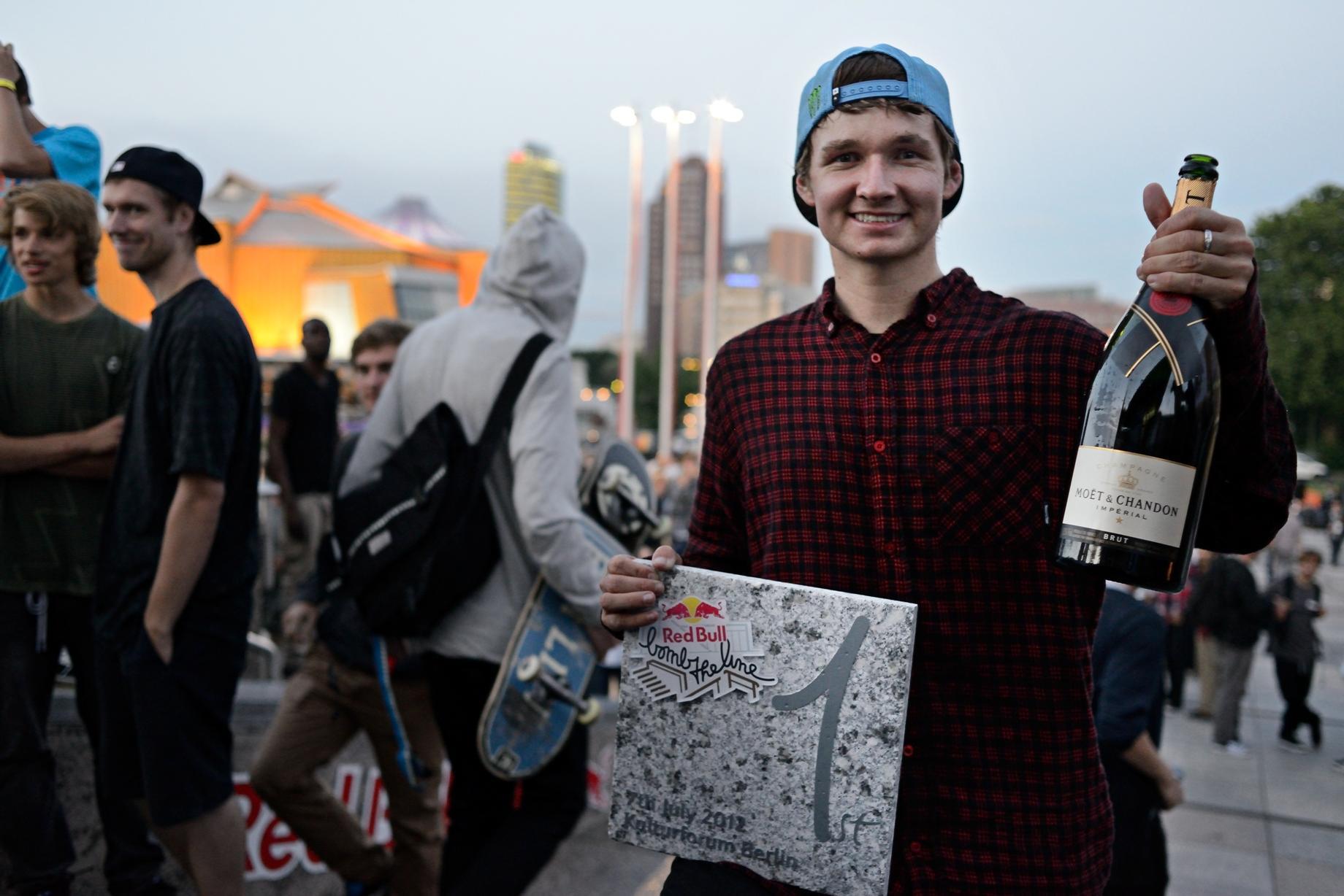 Shane O´Neill Winner_(c)Adam Sello_Red Bull Content Pool_P-20120708-00006