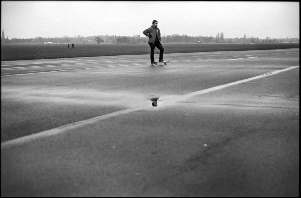 Danny_Place_Pfütze_Tempelhof_Berlin3