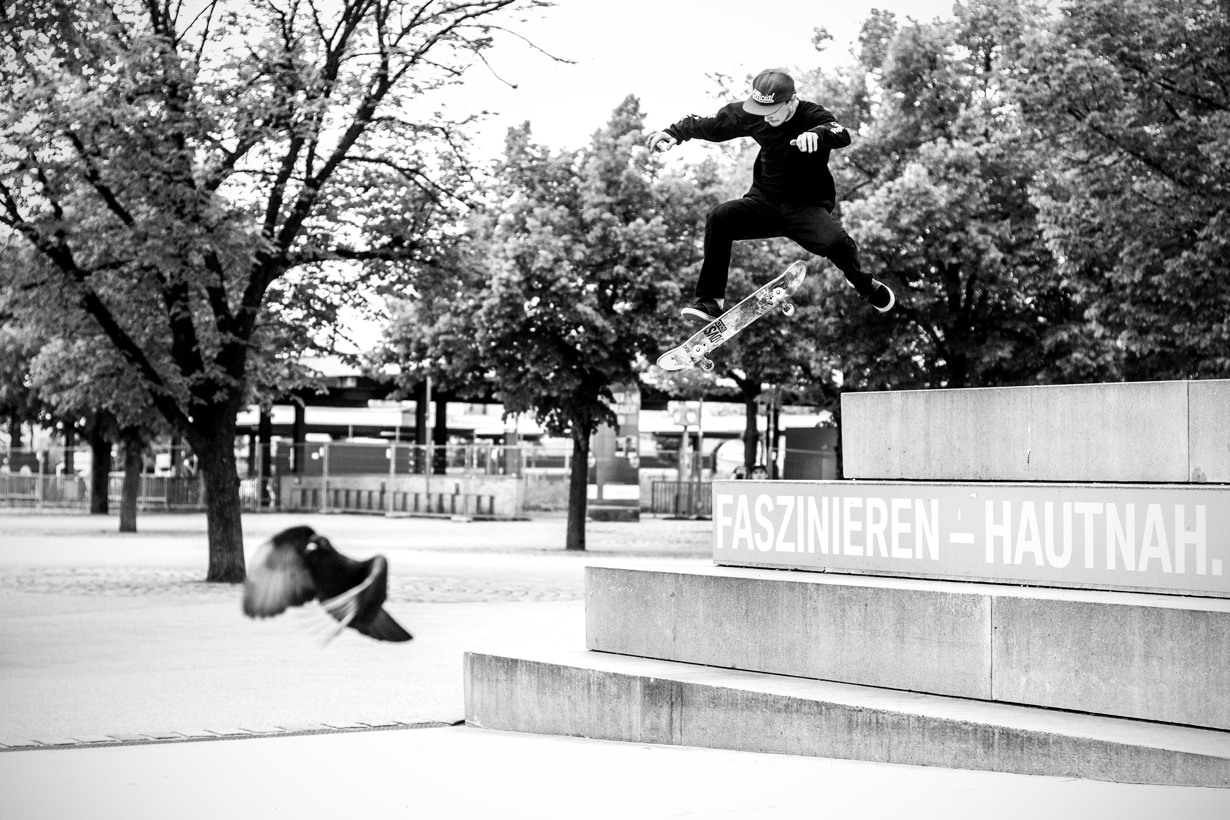 Favorite Skateboard Comany presents DAGGERS_Daniel Trautwein_Sw No Comply